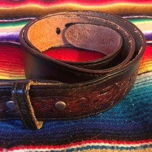 Vintage Dun Dee Tooled Leather Braid Detail Belt